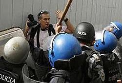 20091230155711-honduras-prensa.jpg