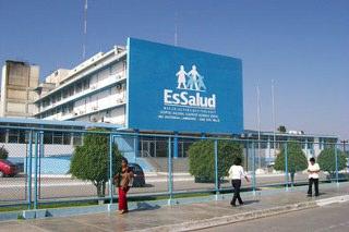 20101205005530-essalud-320x213.jpg